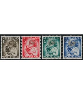 270 - 273 Kinderzegels (x) Bkeus