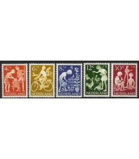 779 - 783 Kinderzegels (xx)
