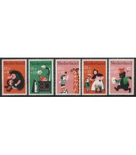 894 - 898 Kinderzegels (xx)