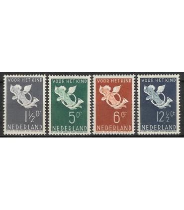 289 - 292 Kinderzegels (x)