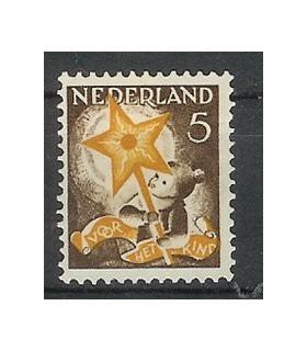 262 Kinderzegels (o)