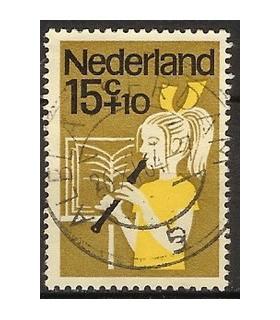 832 Kinderzegel (o)