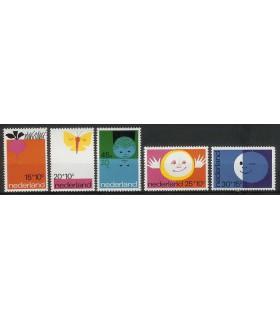 0996 - 1000 Kinderzegels (xx)