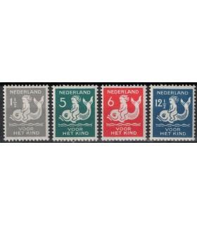 225 - 228 Kinderzegels (xx) LEES!
