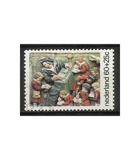 1082 Kinderzegel (o)