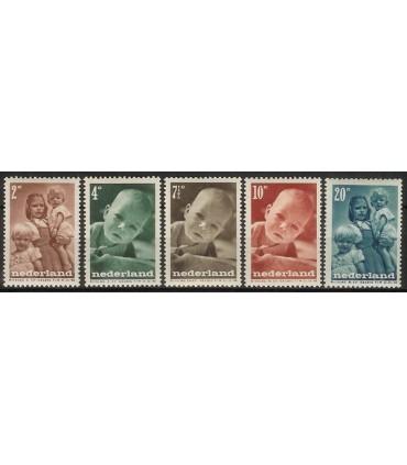 495 - 499 Kinderzegels (xx)