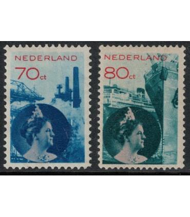 236 - 237 Koningin Wilhelmina (xx) lees!
