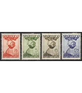 279 - 282 Kinderzegels (x)