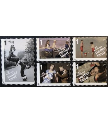 3235 Kinderpostzegels (xx)