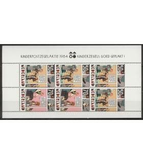 1320 Kinderzegels (xx)