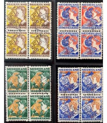 R94 - R97 Kinderzegel (o) blokken van vier