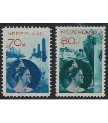 236 - 237 Koningin Wilhelmina (xx) lees! 2.