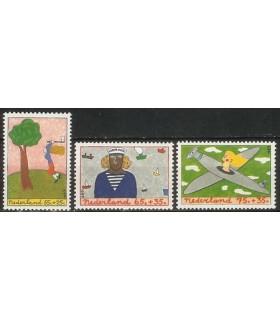 1387 - 1389 Kinderzegels (xx)