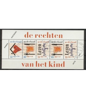 1438 Kinderzegels (o)