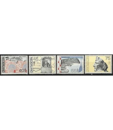 1133 - 1136 Zomerzegels (xx)