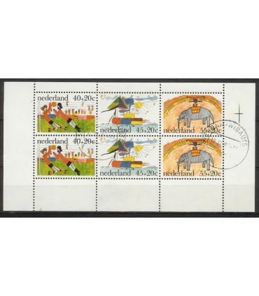 1107 Kinderzegels (o)