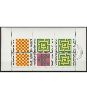 1042 Kinderzegels (o)