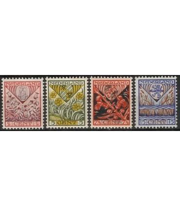 208 - 211 Kinderzegels (xx)