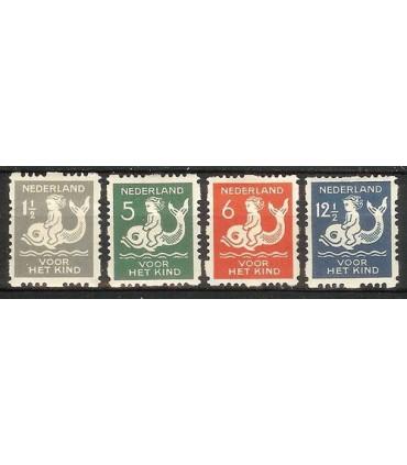 R82 t/m R85 Kinderzegels (x)